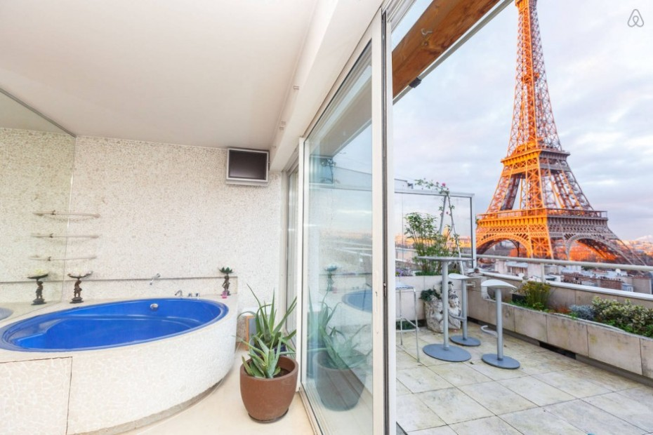 THE 12 BEST AIRBNBS IN PARIS